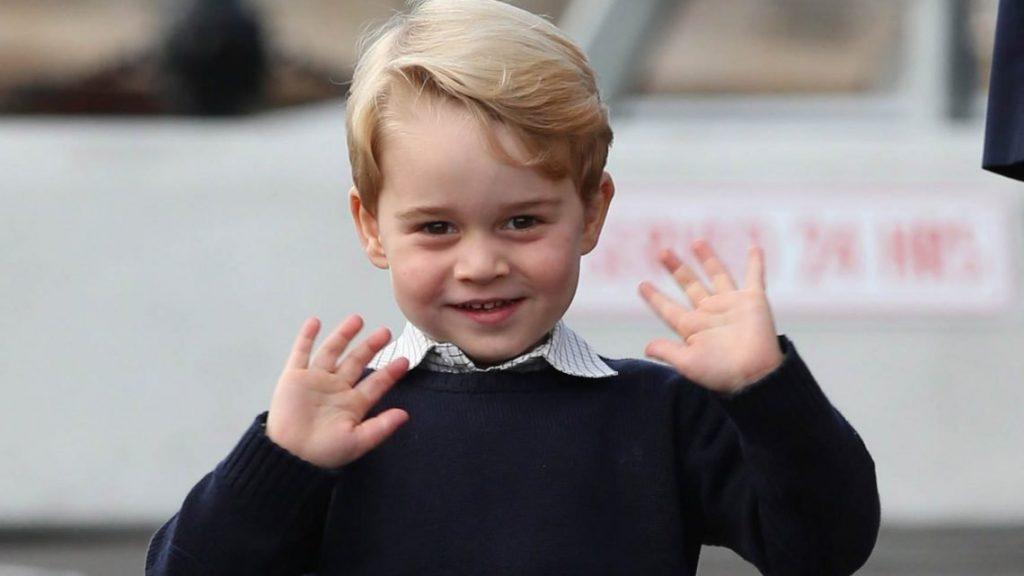 Un prêtre écossais demande de prier pour que le prince George soit gay: quel est le but de la manoeuvre?